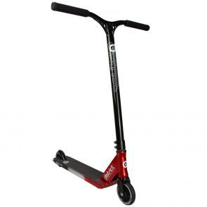 District C-Series C152 Scooter 2018 - Tri Chrome/Red